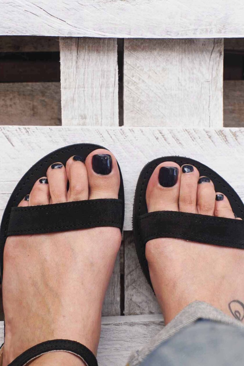 FUNKY CASUAL black genuine leather sandals