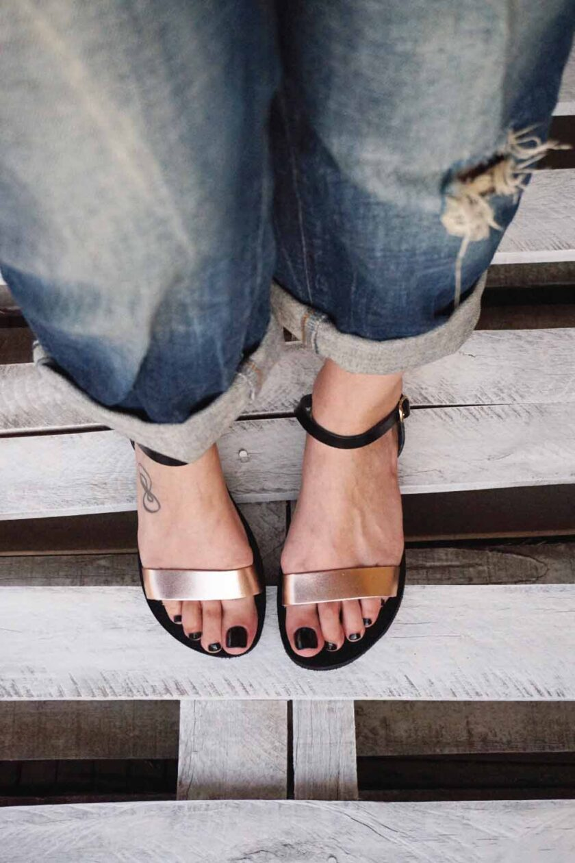 FUNKY CASUAL low-heeled sandals, bronze