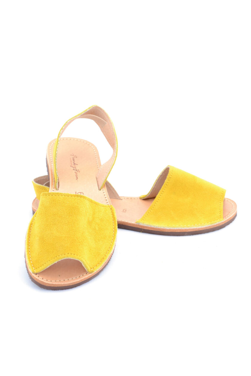 FUNKY Q low-heeled genuine leather sandals, yellow