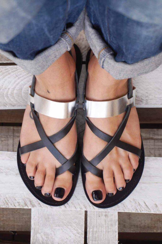Greek sandals FUNKY PEOPLE, black