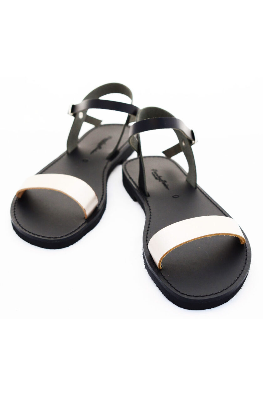 FUNKY CASUAL low-heeled sandals, metallic gray