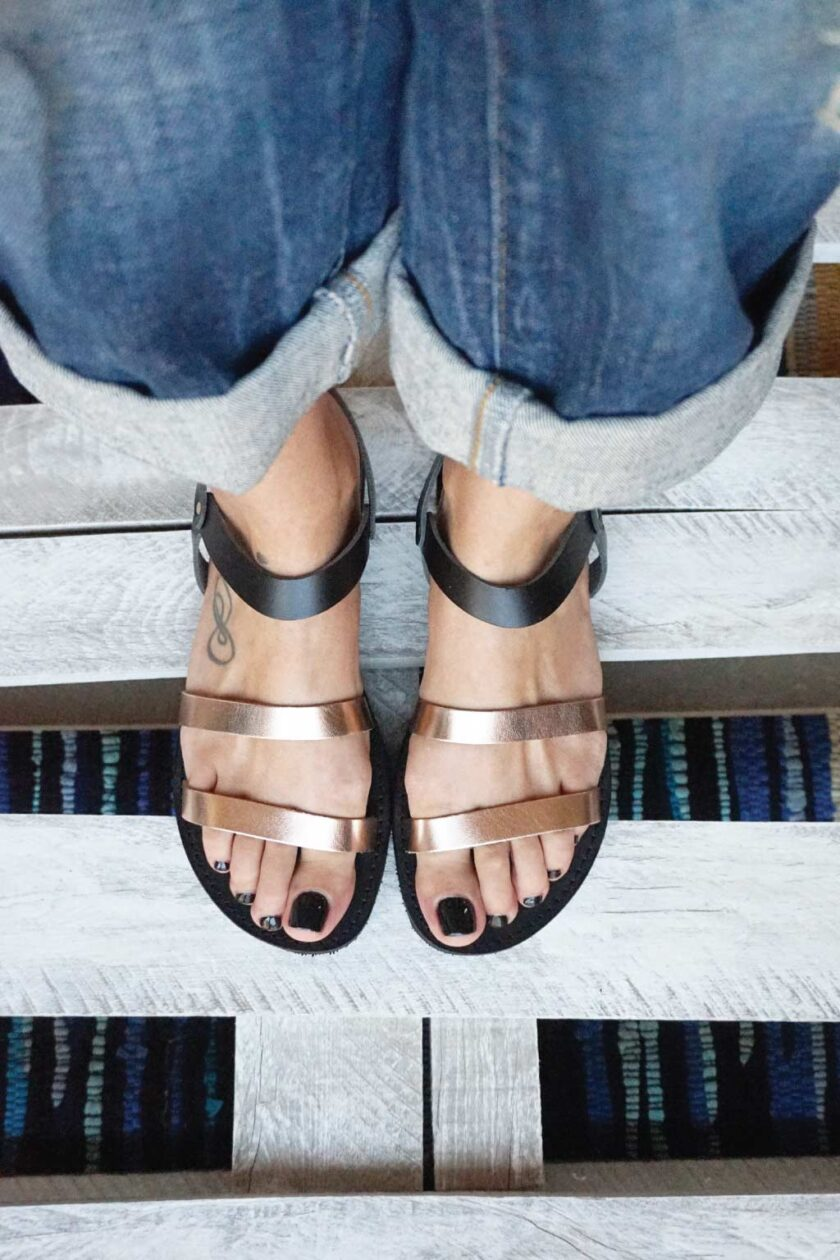 FUNKY CHIC low-heeled sandals, bronze