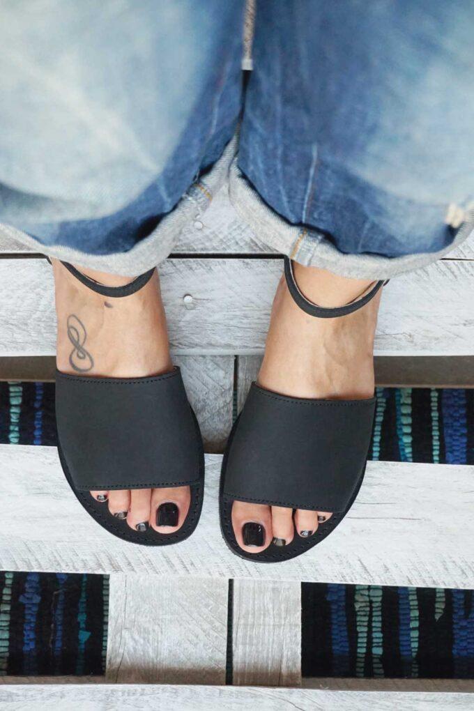 FUNKY WOMAN women's sandals, black