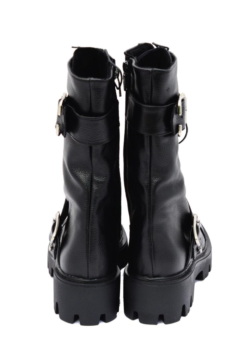 Women's boots with buckles FUNKY LOOK, black